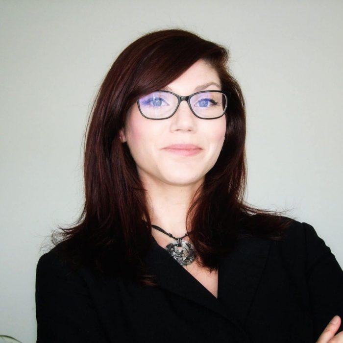 Visage de Stéphanie Dumas formatrice informatique